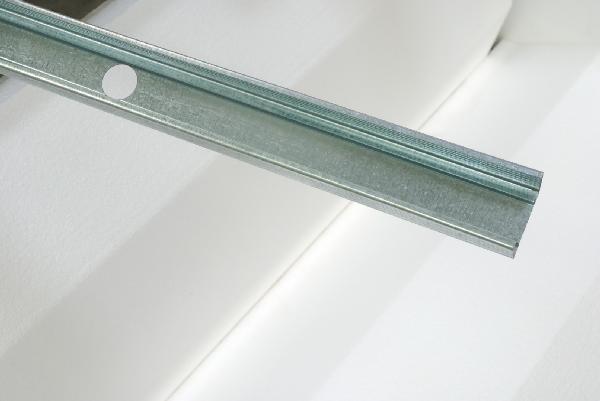Montant métal 48/35 STIL 2,40m