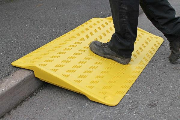 RAMPE D'ACCES HELOX MOBILE/TROTTOIR