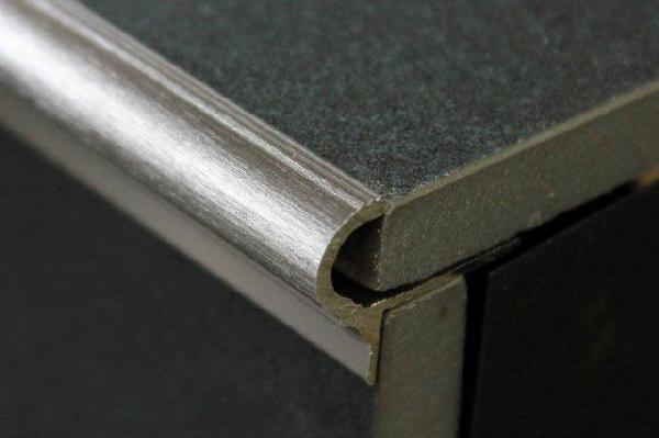 Nez de marche alu brossé 3m H.11mm