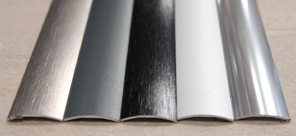 Seuil adhésif alu anodisé noir brossé 30mm 1m