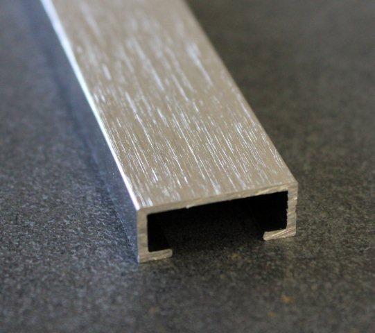 Listel alu brossé brossé 20mm 2,5m H.8mm