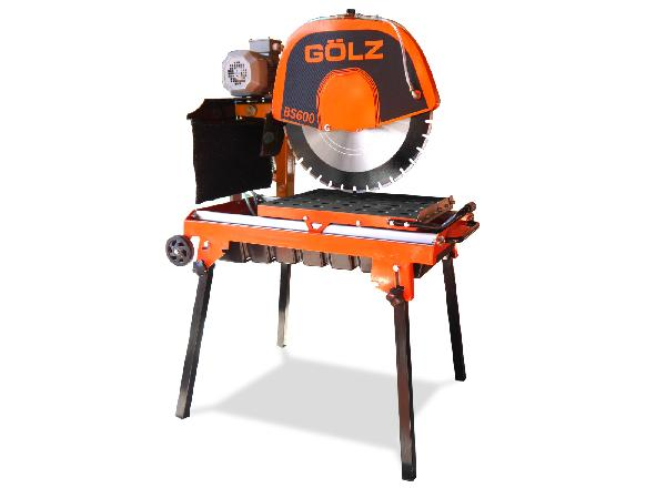 Scie à brique BS600 2,2W compacte