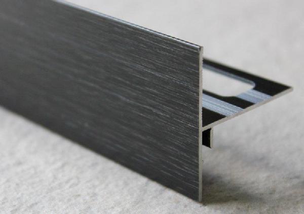 Profilé finition terrasse alu brossé noir 250mm H.42mm H.42mm Ep.21mm