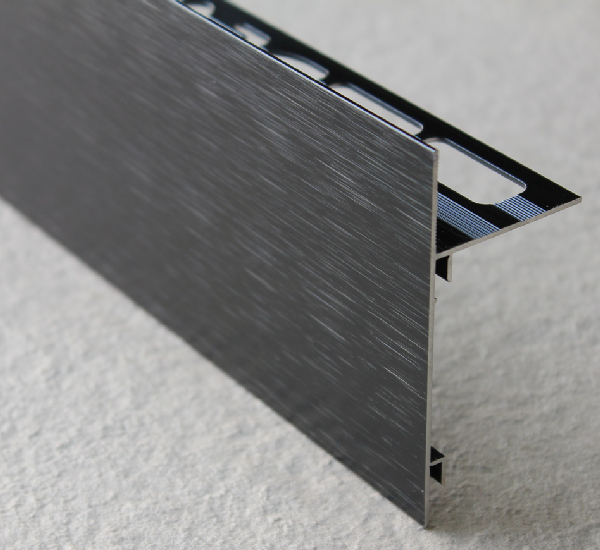 Profilé finition terrasse alu brossé noir 250mm H.62mm H.62mm Ep.21mm