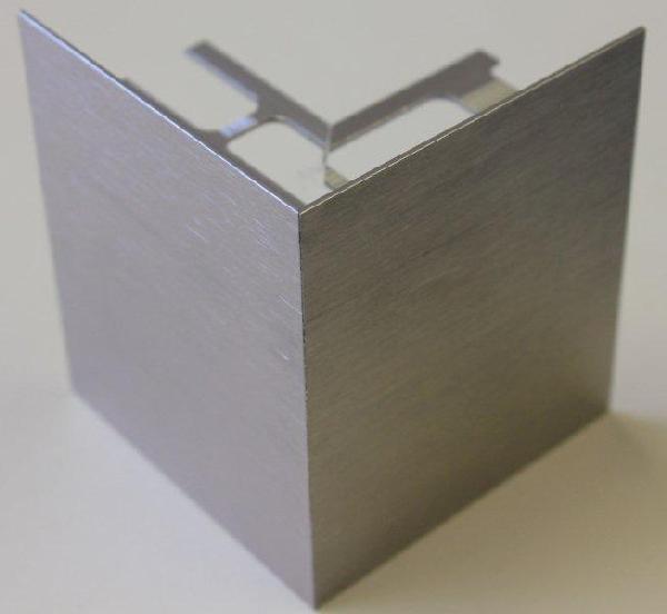Embout externe pour profilé alu brossé titane H.102mm Ep.21mm
