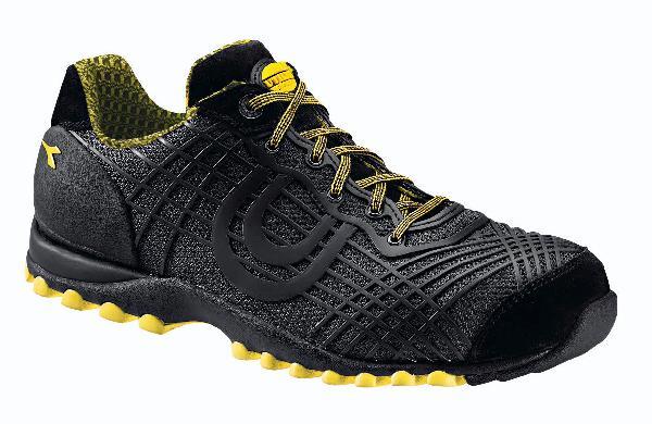 Chaussures de sécurité basses BEAT TEXTILE noir S1P HRO SRC T.45