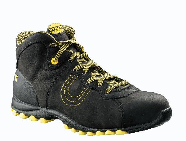 Chaussures de sécurité hautes HI BEAT noir S3 SRC T.45