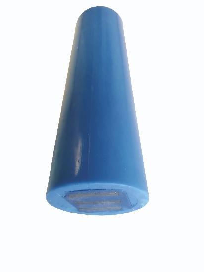 Cône aimanté PVC KONIX AIMANTE pour réservation 20cm sachet 10