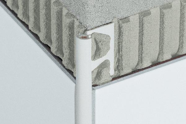 Profilé RONDEC-PRO PRO80BW PVC coloré blanc brillant 2,5m H.8mm