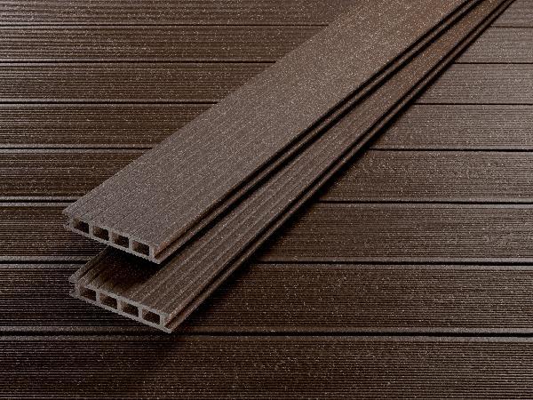lame terrasse deck 150 bois composite brun noisette. Black Bedroom Furniture Sets. Home Design Ideas