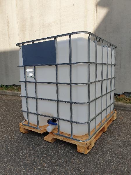 Réservoir IBC PEHD alimentaire 1000l sur palette avec robinet