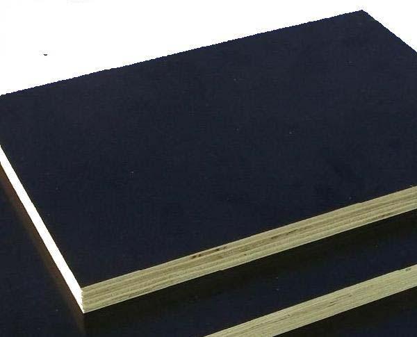 Panneau contreplaqué filmé peuplier 18x2500x1250mm