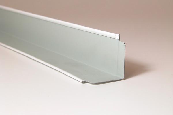 Cornière de rive à epaulement MIE3030W 30x30mm blanc 3,00m