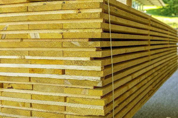 Planche sapin/épicéa traité CL2 27x200mm 4,00m