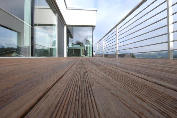 Lame terrasse frêne thermo 2 peignes 20x140mm 3,70m